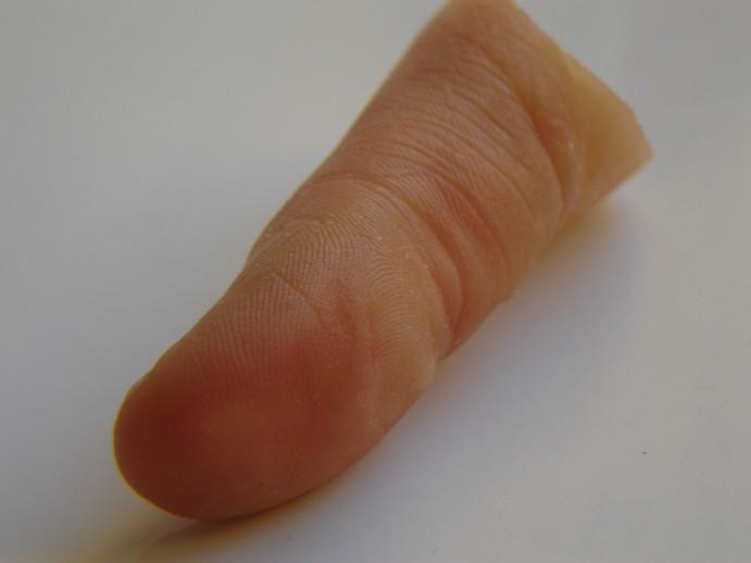 """<span  class=""""uc_style_uc_tiles_grid_image_elementor_uc_items_attribute_title"""" style=""""color:#ffffff;"""">Huellas dactilares prótesis dedo * MG  La técnica para reconstrucción protésica del dedo, emula los de la mano opuesta. Las prótesis MG, tendrán toda la información de la persona; la morfología, huellas digitales, tamaño, color de uña, lunares y venas, etc.  Todo se puede hacer, en parte a un estrecho contacto directo con el cliente a lo largo del proceso de fabricación.  Las prótesis para dedos MG se adaptan a cualquier nivel de pérdida, especialmente para amputaciones parciales, con presencia de una falange residual o muñón del dedo. Para los casos más complejos o de desmembramientos debe preguntar al especialista MG, por las alternativas existentes para usted.</span>"""