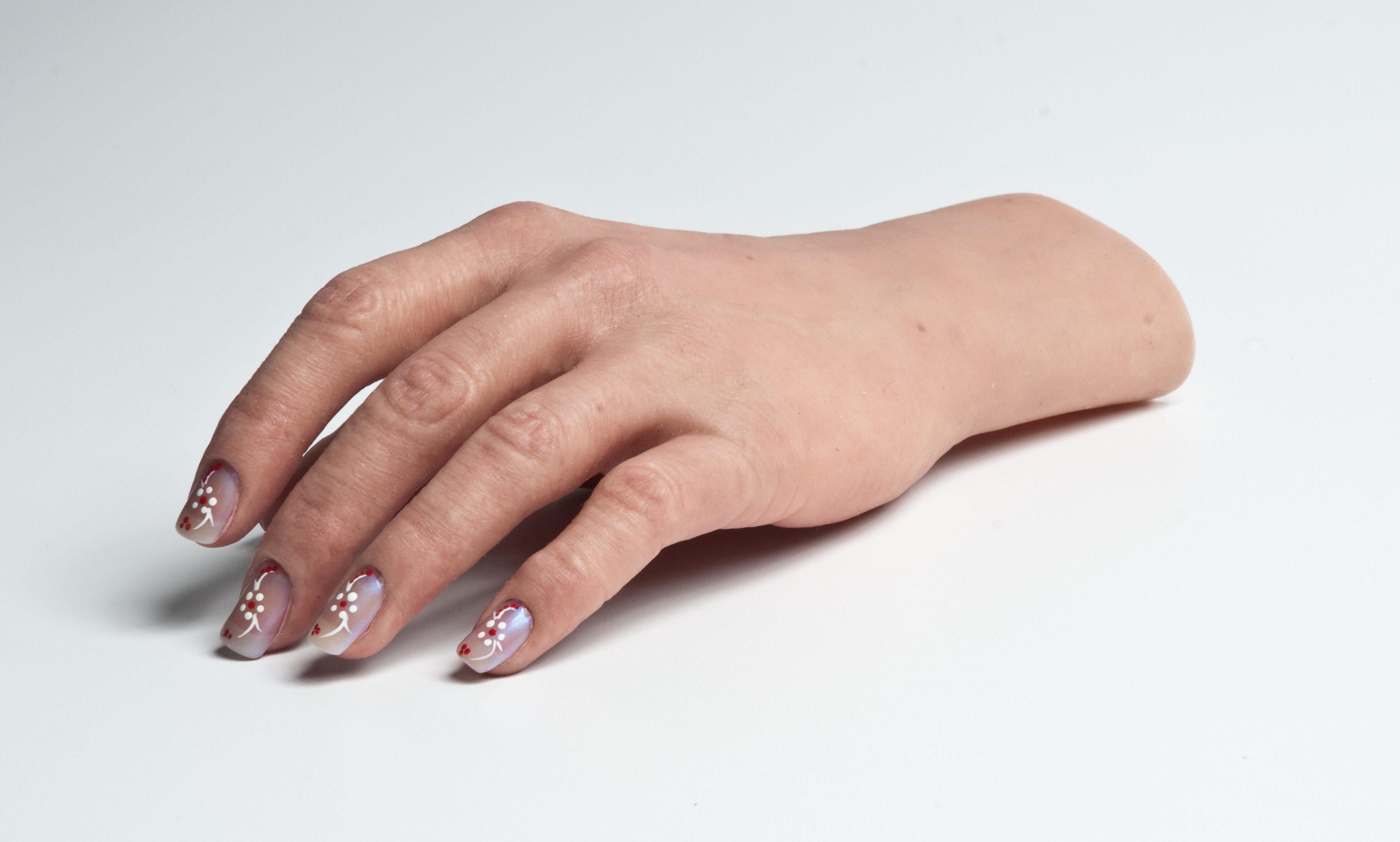 Prótesis para manos de silicona
