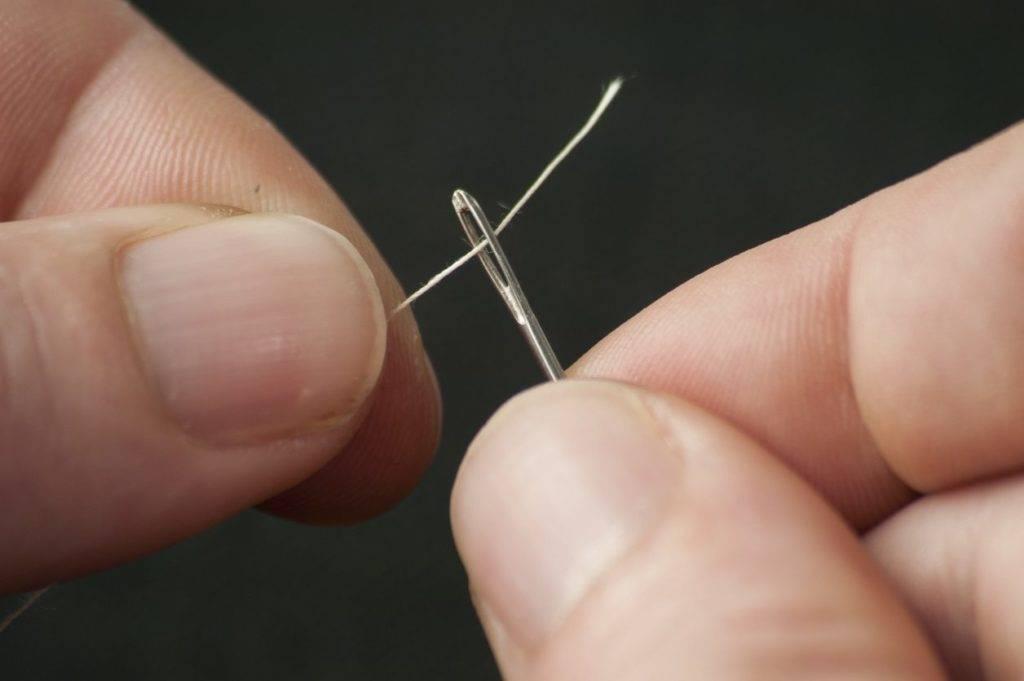 Enhebrando hilo en aguja * Prótesis MG