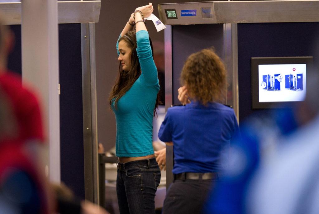 Escáner en el aeropuerto